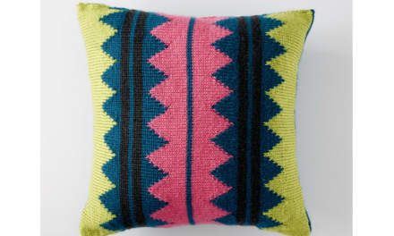 In Vivid Color Throw Pillow – Free Knitting Pattern