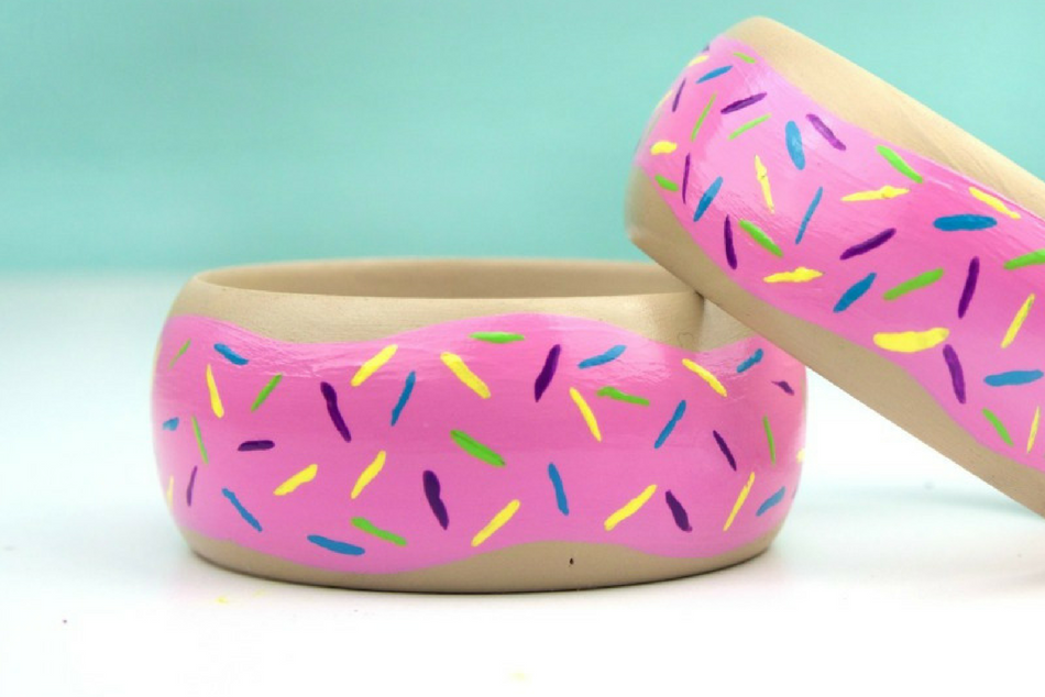 Easy Painted Donut Bangles Tutorial