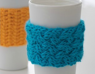 Coffee-on-the-go Knit Cozy – Free Knitting Pattern Download