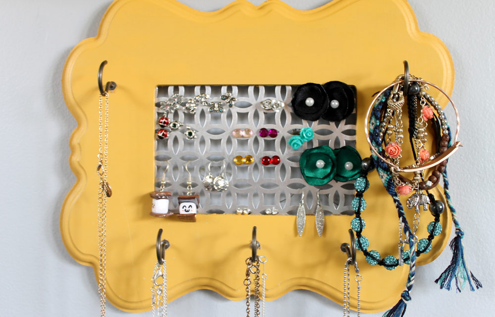 How To: Easy Frame Jewelry Organizer