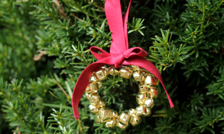 Jingle Bell Wreath Christmas Ornament Tutorial